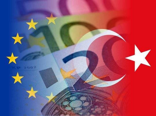 Europese en Turkse vlag
